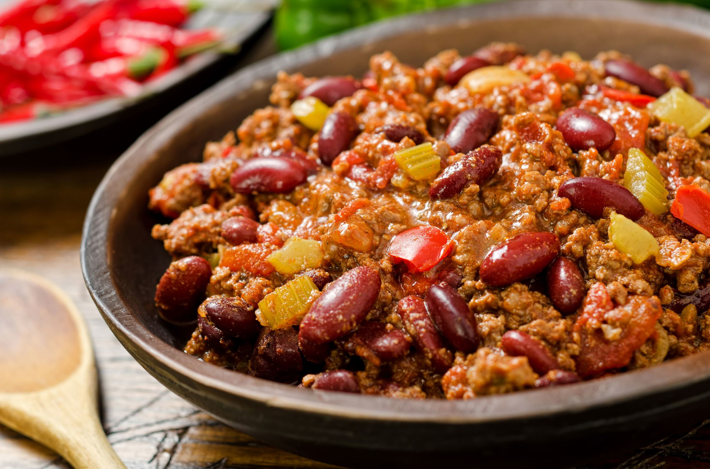 ... chilli sauce carne asada chili con carne a bowl of chili con carne and