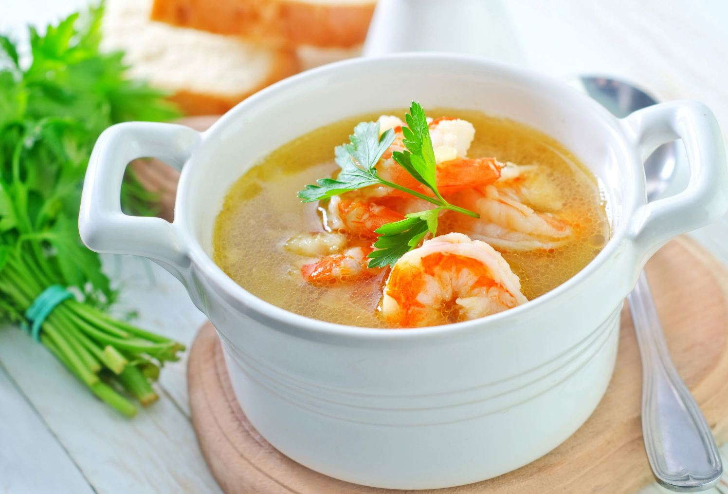 Tom Yum Goong (Thai hot and sour prawn soup) | Safer Eating